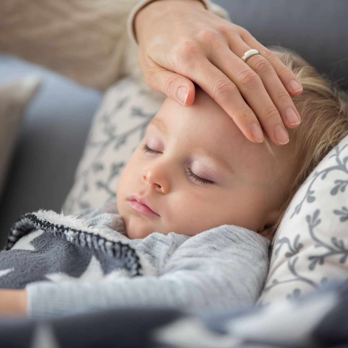 Pharmacie-Lafayette-Blog-Fièvre-Enfant-Malade-min