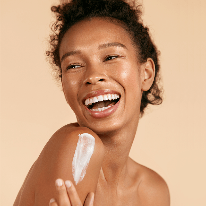 Pourquoi hydrater sa peau sèche en toutes saisons?