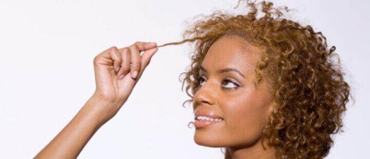 Cheveux : comment entretenir ma coloration ?