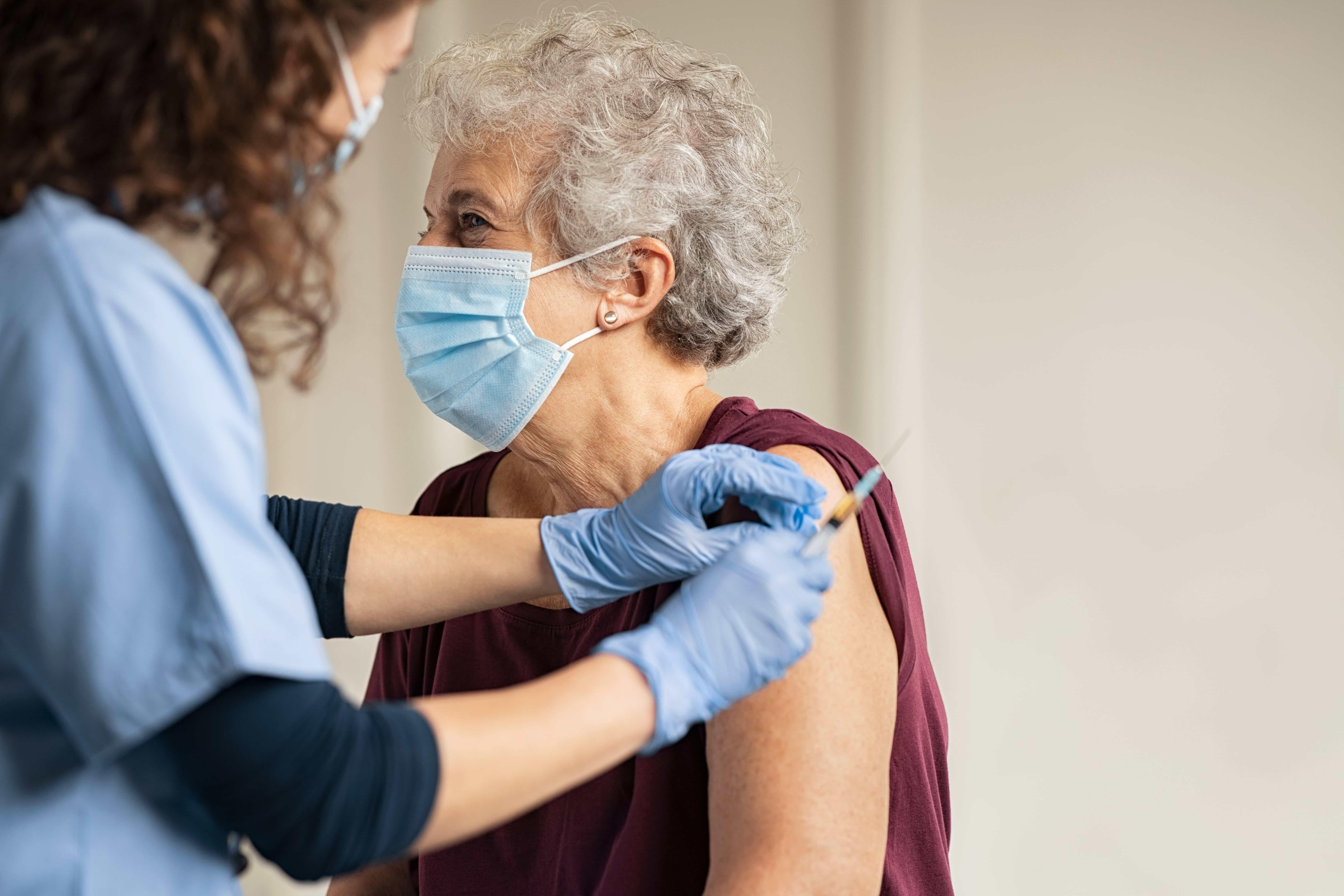 COVID-19 : La vaccination en ville, ce qu'il faut retenir – Où, en pharmacie, pour qui, rendez-vous